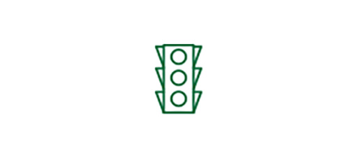 Traffic light icon indicating improved distance vision with Multifocal IOL